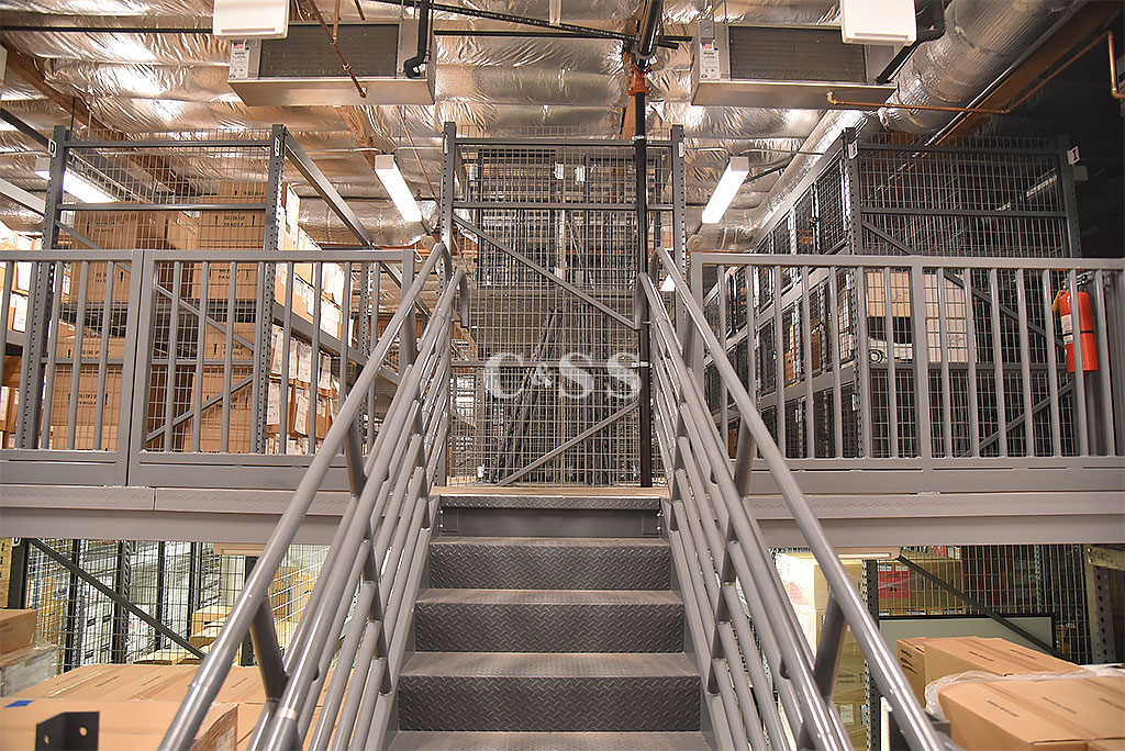 Two Level Catwalk System